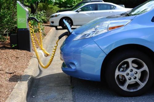 美国采用大数据方法估算电动汽车行驶里程高清图片