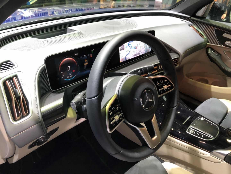 百公里加速5.1s 北京奔驰EQC亮相CES Asia