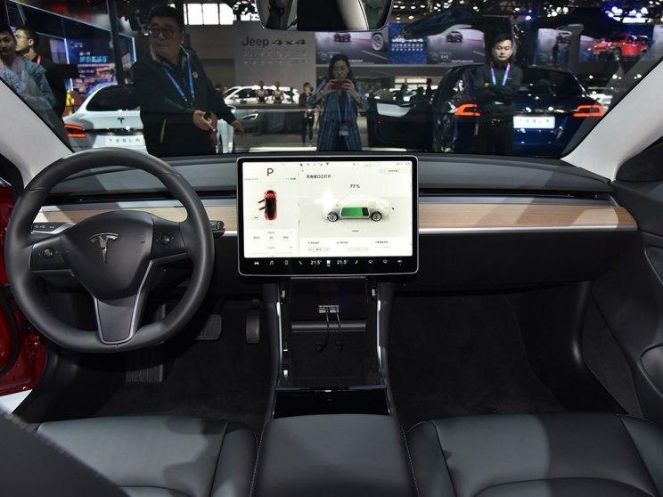 特斯拉 Model 3 2018款 基本型