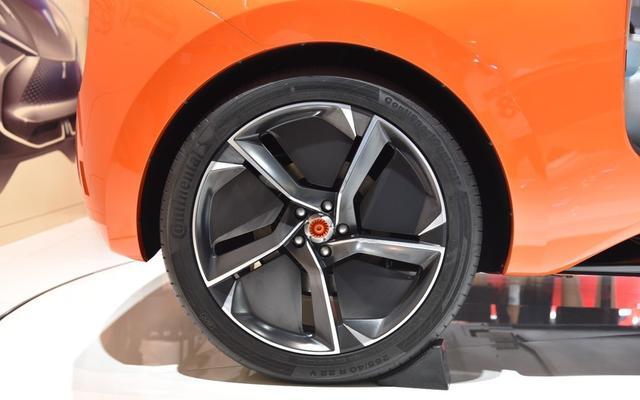 成都车展长城汽车纯电动SUV车型WEY-X亮相 动力信息公布
