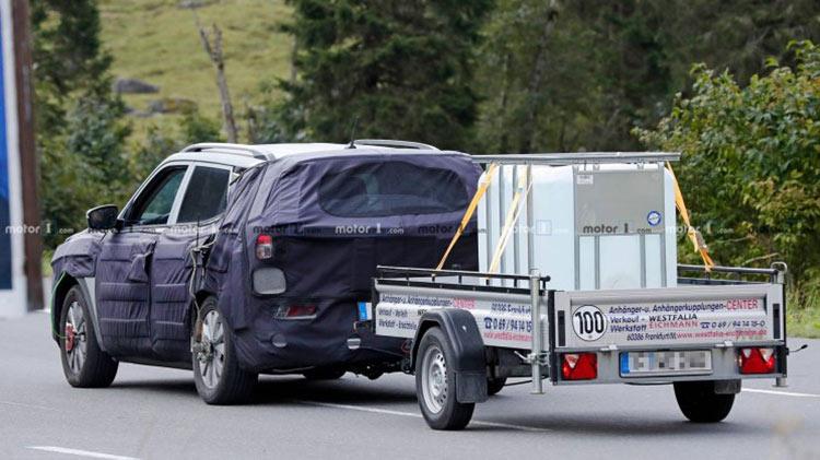 双龙全新柯兰多电动版路测曝光 续航有望达到320公里