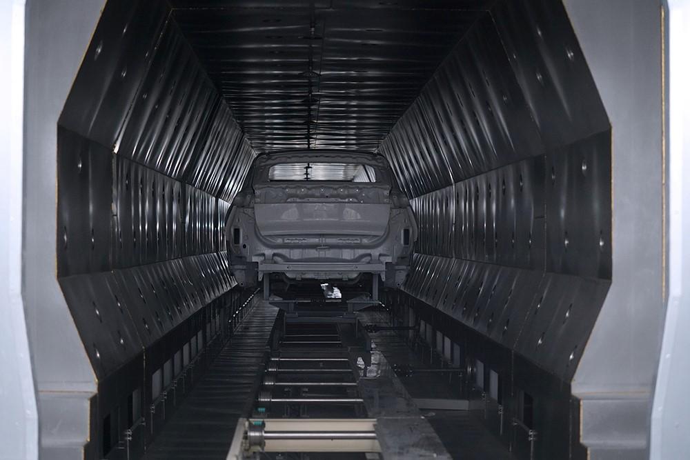 5、海马小鹏智能工厂涂装车间-喷涂线闪干炉.jpg