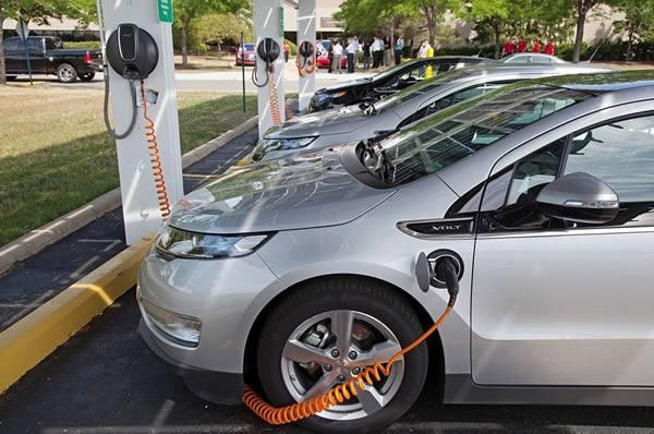 8月份新能源汽車銷量6.8萬,同比增長76.3%