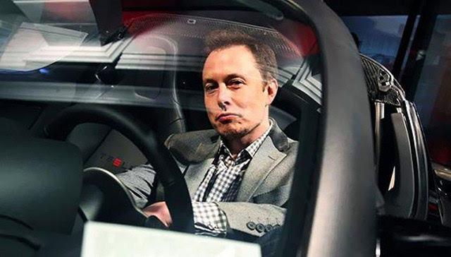 马斯克宣布特斯拉将在2022年量产首款汽油车?假新闻!