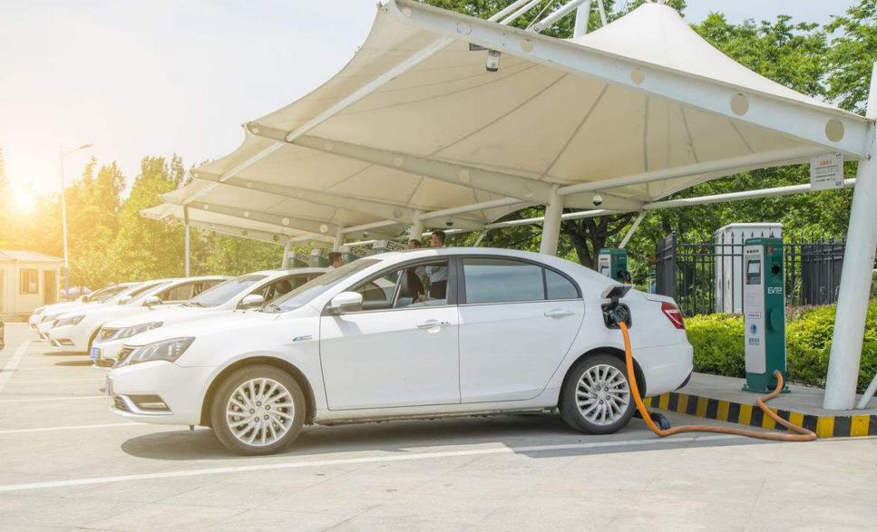 2018-2020年 新能源汽车将免征车辆购置税