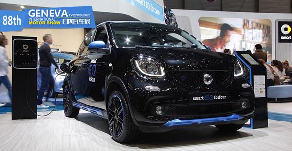 日内瓦车展:smart EQ forfour 车展实拍