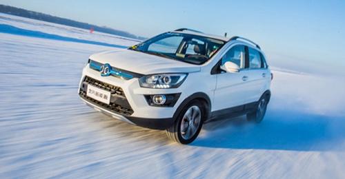 北汽新能源EX360明日上市 打造国民纯电动SUV