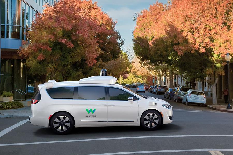 完成600万英里路测 waymo推自动驾驶服务