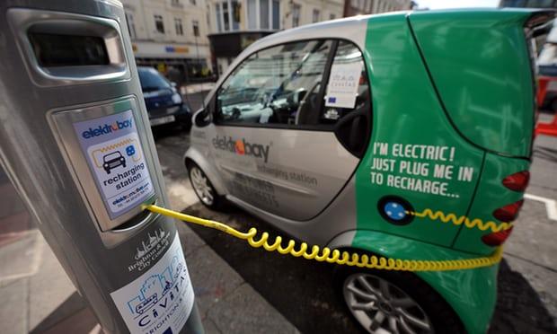 英国计划大批量安装公路充电桩 数目尚未公布