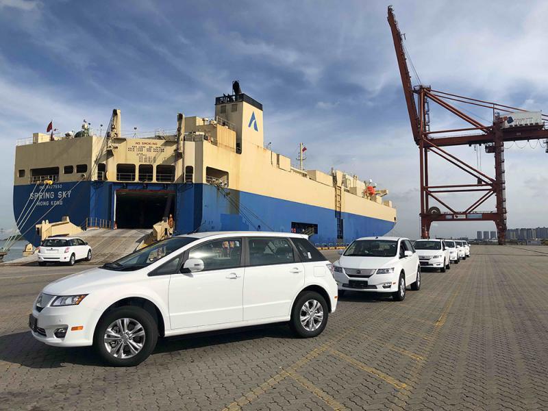 百辆比亚迪E6 电动汽车出口泰国