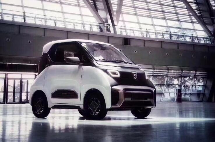 两座布局/造型个性 宝骏E200电动汽车闪亮登场