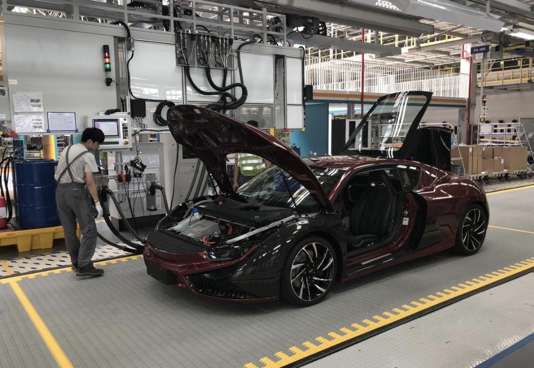 国产跑车的生产线到底是什么样的呢?EV视界探秘前途工厂