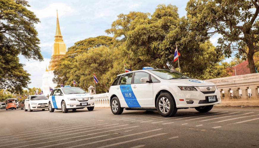 比亚迪在曼谷成功交付101辆e6 当日又签署1000台e6合作协议