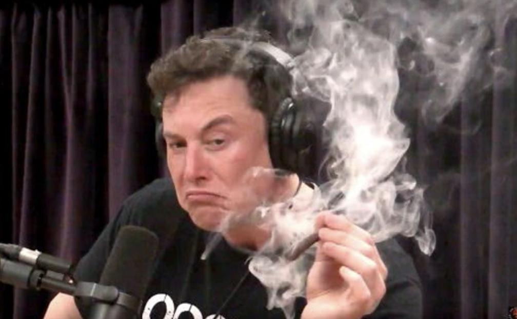 马斯克抽一口大麻让公司市值缩水40亿美元