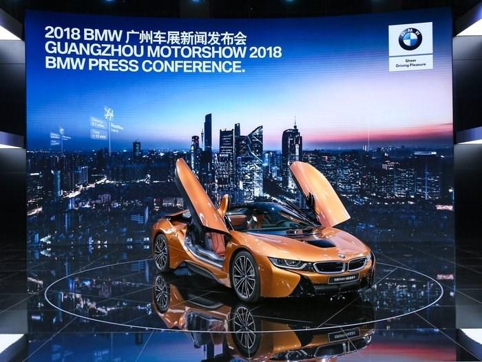 2018广州车展 宝马i8敞篷跑车中国首发 百公里加速4.6秒