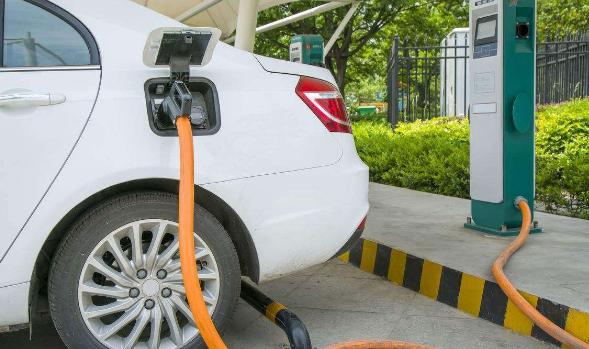 四部委发布通知 2016年未过审新能源车重新清算补贴