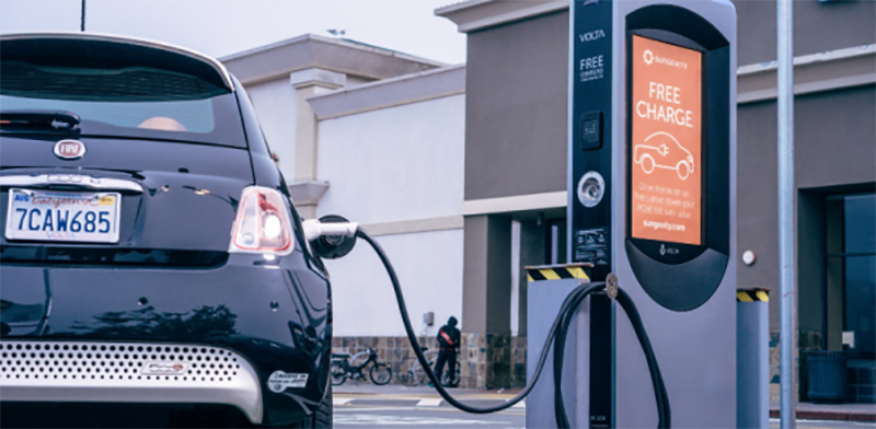 Volta推电动车30分钟免费快速充电服务