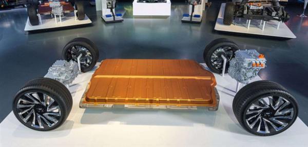 容量200千瓦時續航640公里,通用Ultium電池叫板特斯拉