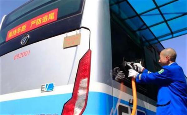 北京市新能源车保有量达40万辆左右
