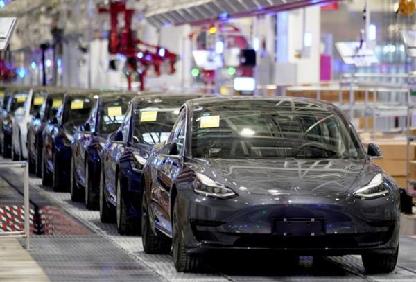 特斯拉Model 3再降价!标准续航升级版补贴后24.99万