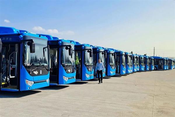 27台吉利远程纯电动客车宁波投入使用 后续159台将陆续交付