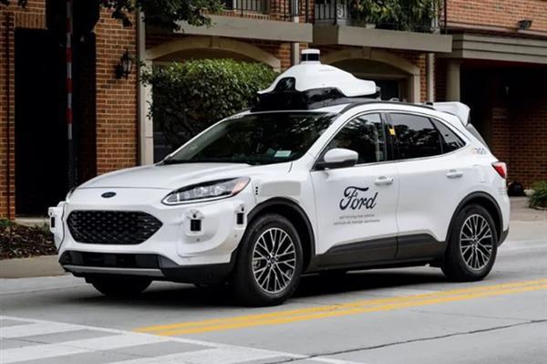 福特推出第四代自动驾驶测试车 基于Escape混动版车型打造
