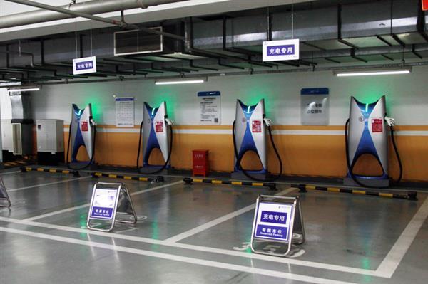 小鹏超充10月新增20座城市 全国开通免费充电服务城市44座