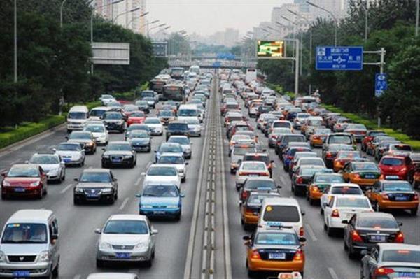 北京摇号新政下月实施,60%优先给无车家庭