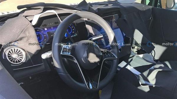 有望年内发布 奔驰EQS SUV内饰曝光