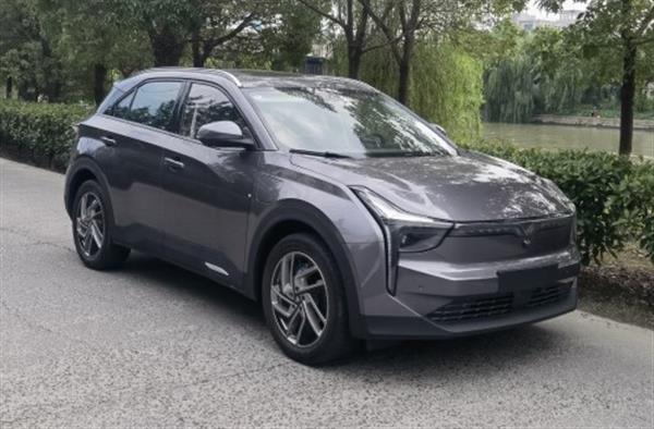 搭载磷酸铁锂电池 哪吒U Pro新车型申报图曝光