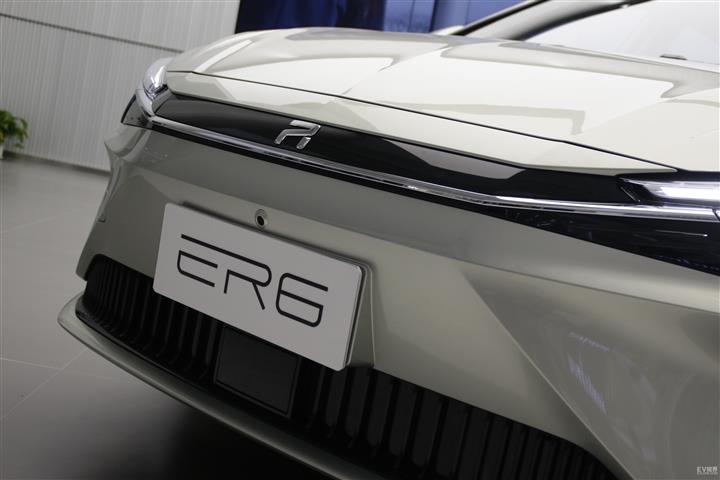 R汽车R汽车 ER6
