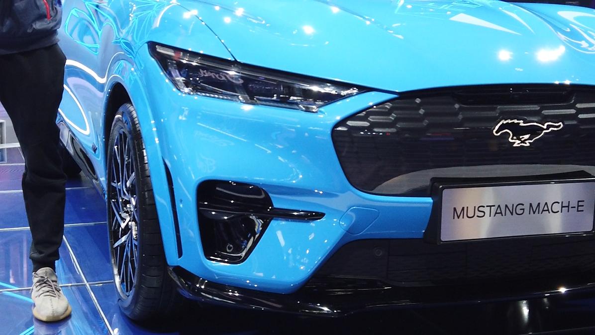 """""""电野马""""来了!福特Mustang Mach-E车展实拍"""